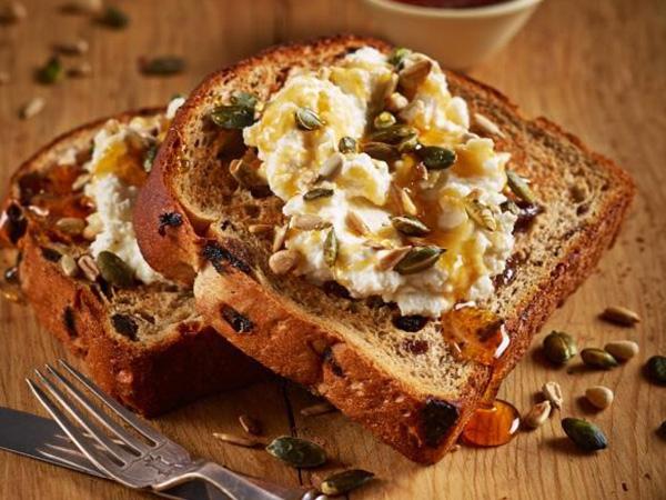 Raisin toast with seeds and honey